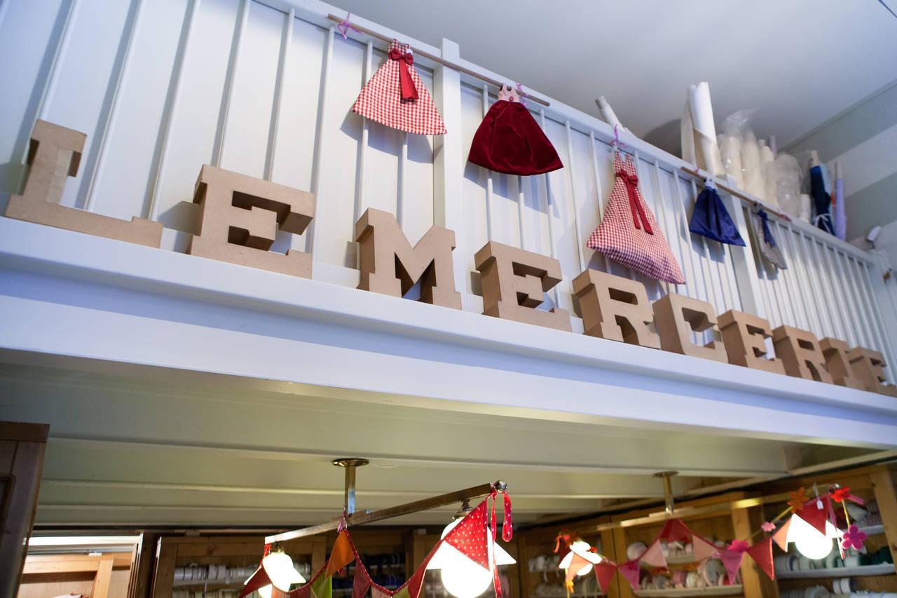 all'ingrosso uk sporco negozio outlet Le Mercerie dal 1987, la casa del ricamo a Milano | Casastile