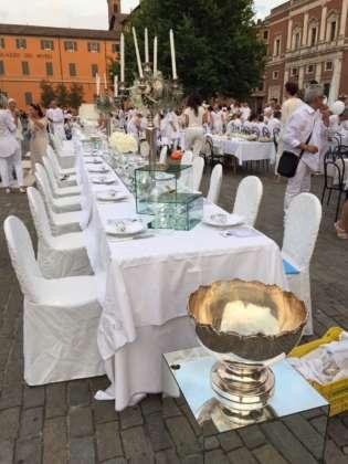 Casimiro Cena in Bianco