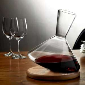 NUDE_ Balance Wine Decanter with plate